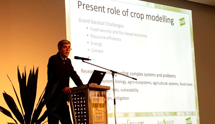 Prof. Ewert opened iCROPM2016