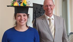 Erfolgreiche Verteidigung der Doktorarbeit von Anna Hampf