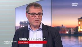Auf dem Bild ist ZALF-Experte Prof. Grunnar Lischeid