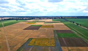 """Luftaufnahme des Landschaftslabors """"patchCROP"""""""
